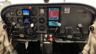 Edmonton Flying Club 172S